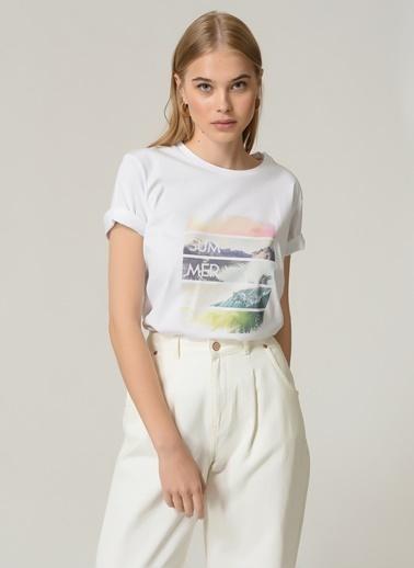 People By Fabrika Kadın Baskılı  Tişört PFKSS21TS0109 Beyaz